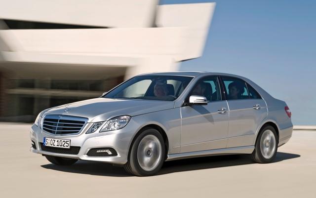 Автомобиль Mercedes-Benz E-класса