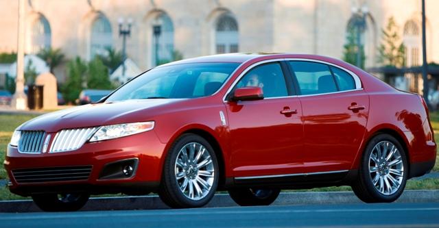 Lincoln MKS - качественное и безопасное авто