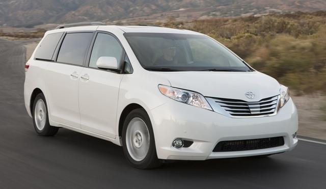 Toyota Sienna - известный японский минивэн