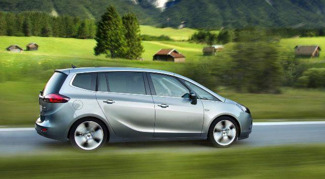 Расход топлива - важный параметр для семейного автомобиля