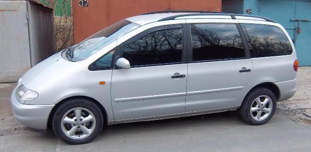 Подержанный Volkswagen Sharan