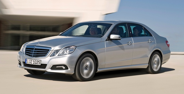 Mercedes-Benz E-class - знаменитая во всем мире машина