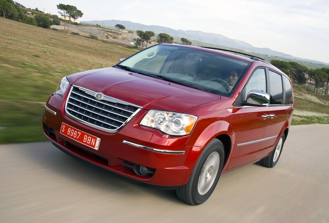Внешний вид Chrysler Grand Voyager