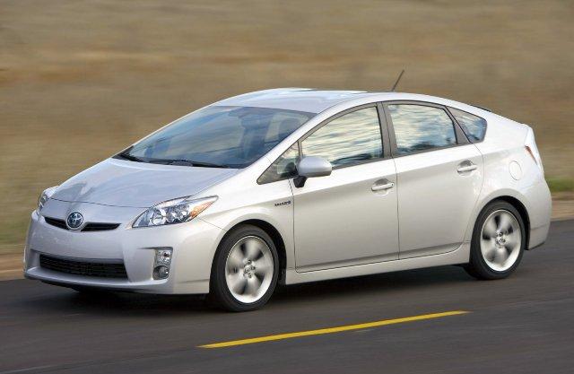 Toyota Prius - качественный японец