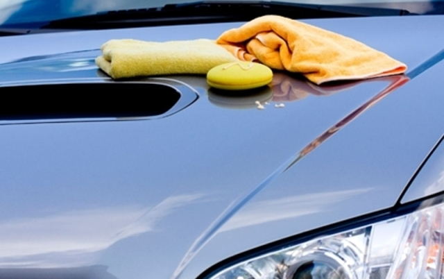 Специальная тряпка поможет вытереть авто без пятен