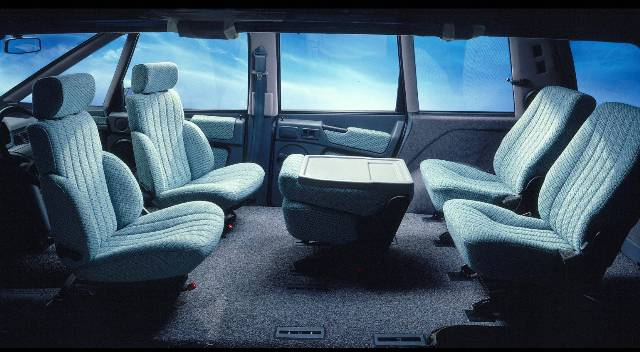 Интерьер автомобиля Renault Espace