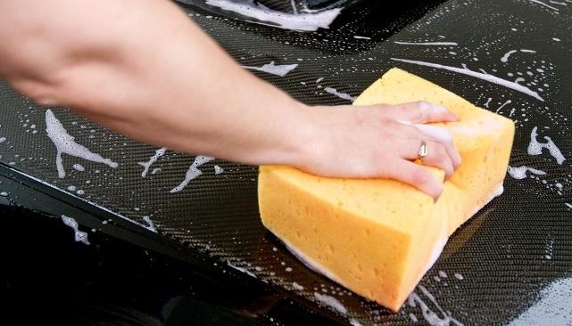 В России мытье автомобиля разрешено в специальных местах