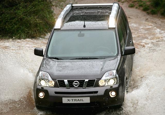 Машины Nissan X-Trail имеют достаточный клиренс для преодоления всевозможных преград