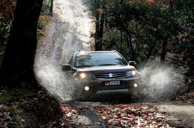 Автомобиль Suzuki Grand Vitara способен преодолеть многие преграды на пути